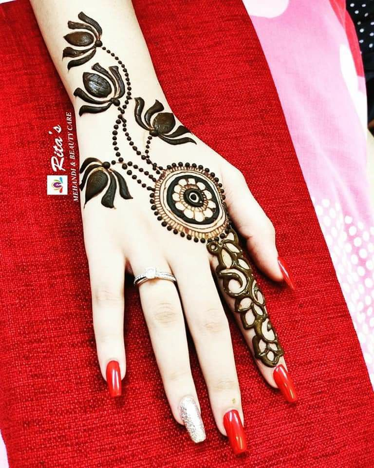 Beauty Of Lotus On Back Hand.. ❤❤❤ #backhandhenna #beautuful #Designerhenna  #lotustattoos #lotusflowers #floralhennaartist  #nailedit🎯 #mypassion❤️ #amazingart  #hennacraze💛 #hennalove❤ #clientlove  #applied #it #for #bro #brothers😎 #wedding  #brotherswedding❤️ #lovelyhands #lovelytattoo #indiantattoo #indianhenna  #indiafashion #hennatrend #trendyhenna  #takingordersnow📝📝📝📝📝📝  #fororderscontactmeon9921014277📞