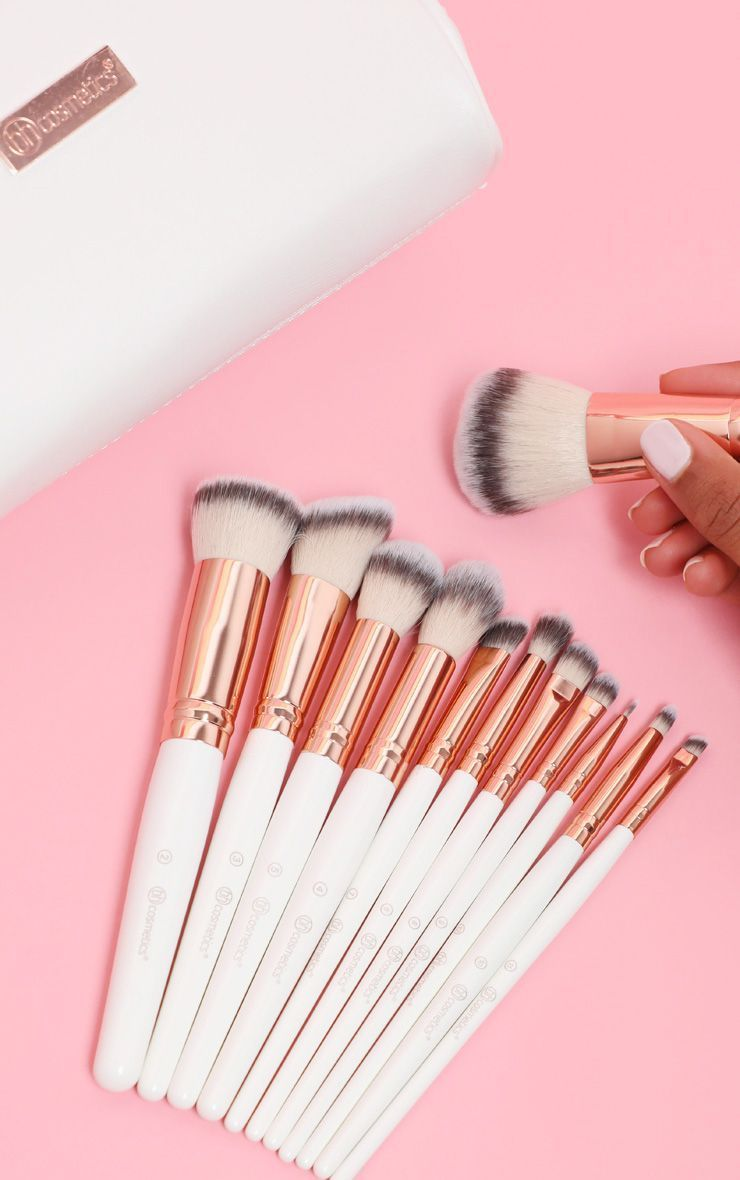 Bh Cosmetics Rose Romance 12 Piece Brush Set With Bag Bestofbhcosmetics Bh Cosmetics Rose Romance 12 Piece Brus In 2020 Bh Cosmetics Brushes Bh Cosmetics Bh Brush Set