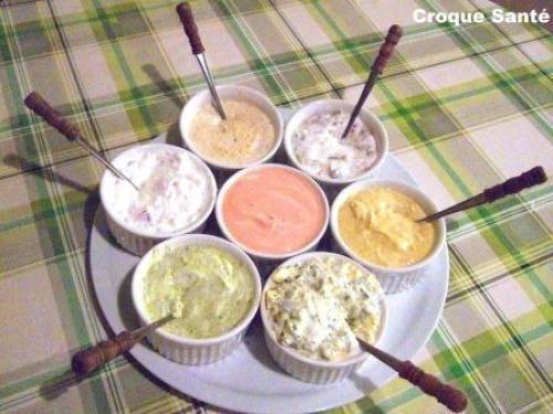 Une quarantaine de sauces à fondue  de Rosydesrochers - Mayonnaise à l'ail Ingrédients 1 tasse mayonnaise  2 gousses ail écrasées  1 c. the jus citron  1 c. thé persil    Mayonnaise au bacon Ingréd... #meatfonduerecipes Une quarantaine de sauces à fondue  de Rosydesrochers - Mayonnaise à l'ail Ingrédients 1 tasse mayonnaise  2 gousses ail écrasées  1 c. the jus citron  1 c. thé persil    Mayonnaise au bacon Ingréd... #brothfonduerecipes