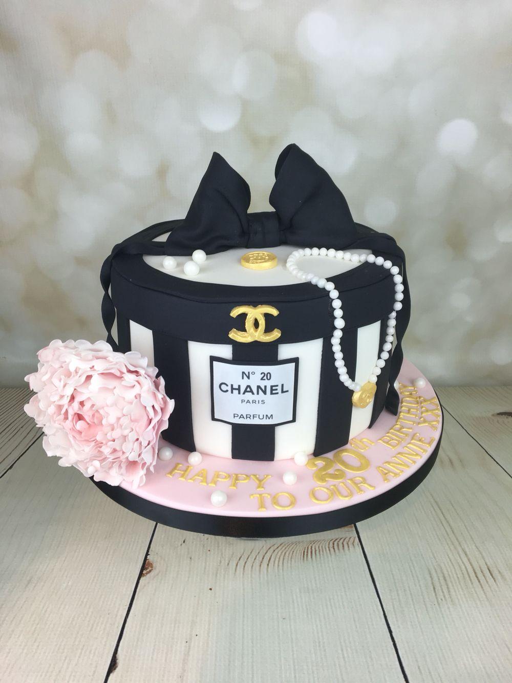 3d75a78671 Chanel hat box cake
