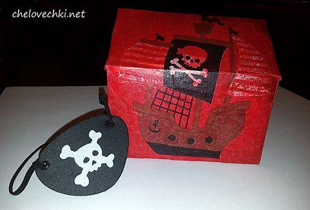 Пиратский сундук своими руками в технике декупаж