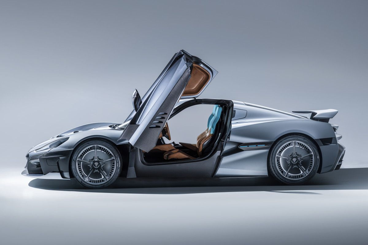 This 1 914 Hp Electric Hypercar From Rimac Goes From 0 60 In An Unholy 1 85 Seconds Super Cars Electric Cars Sport Cars