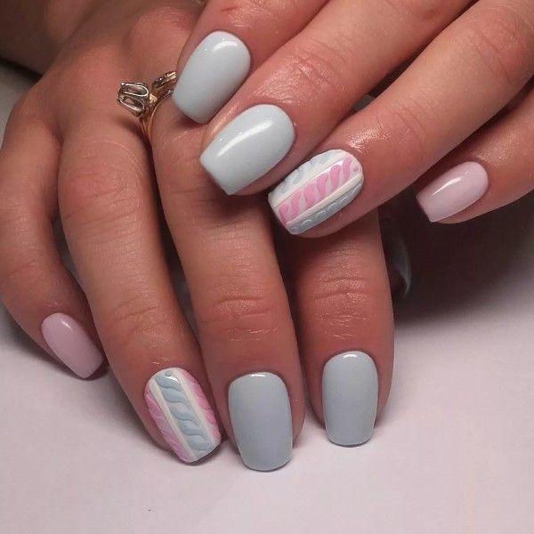 нежный трехцветный свитер на ногтях розово-голубой | Ногти ...