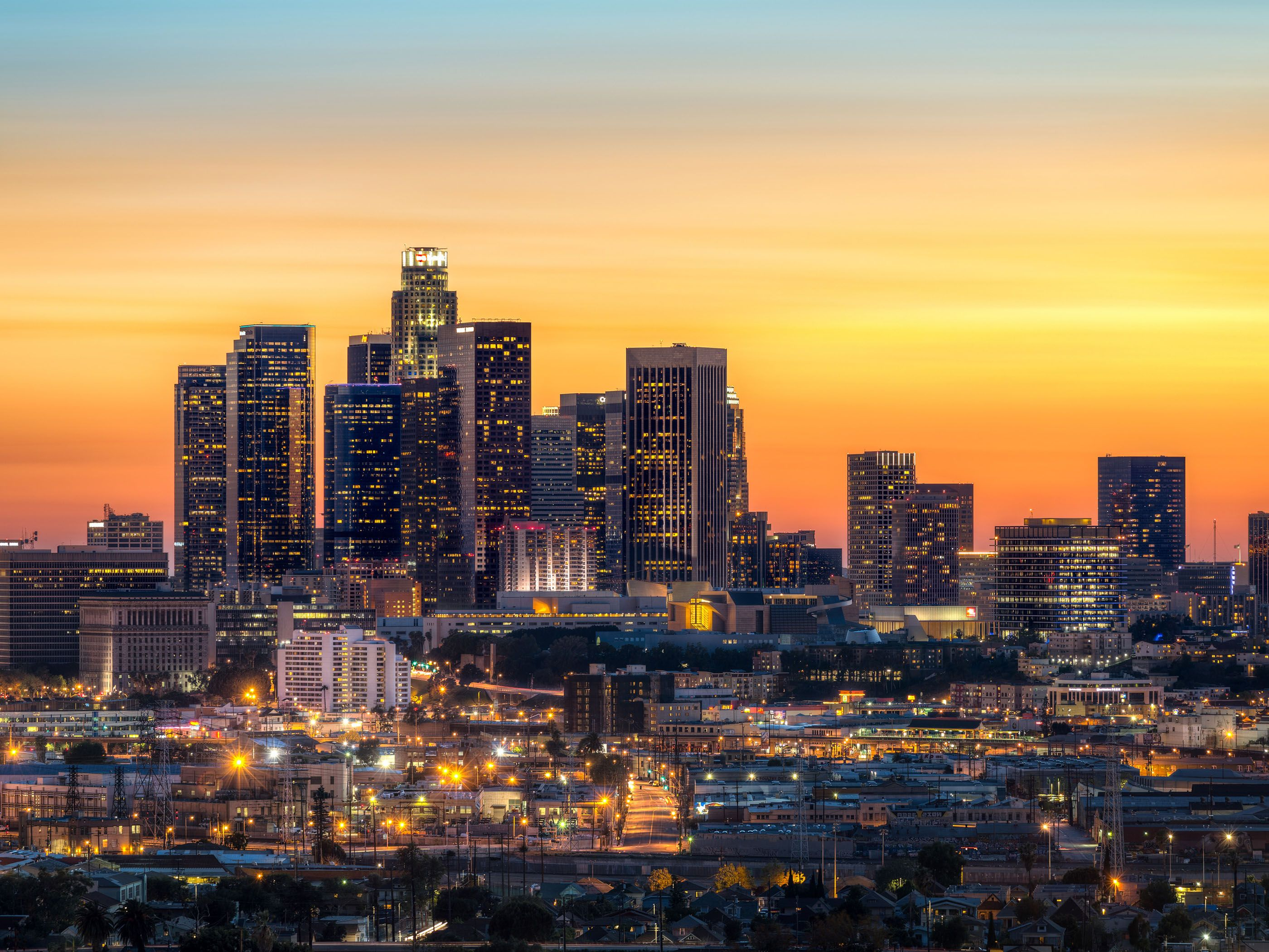 Downtown La At Night Hd Desktop Wallpaper High Definition Los Angeles Skyline Los Angeles Sunset Skyline