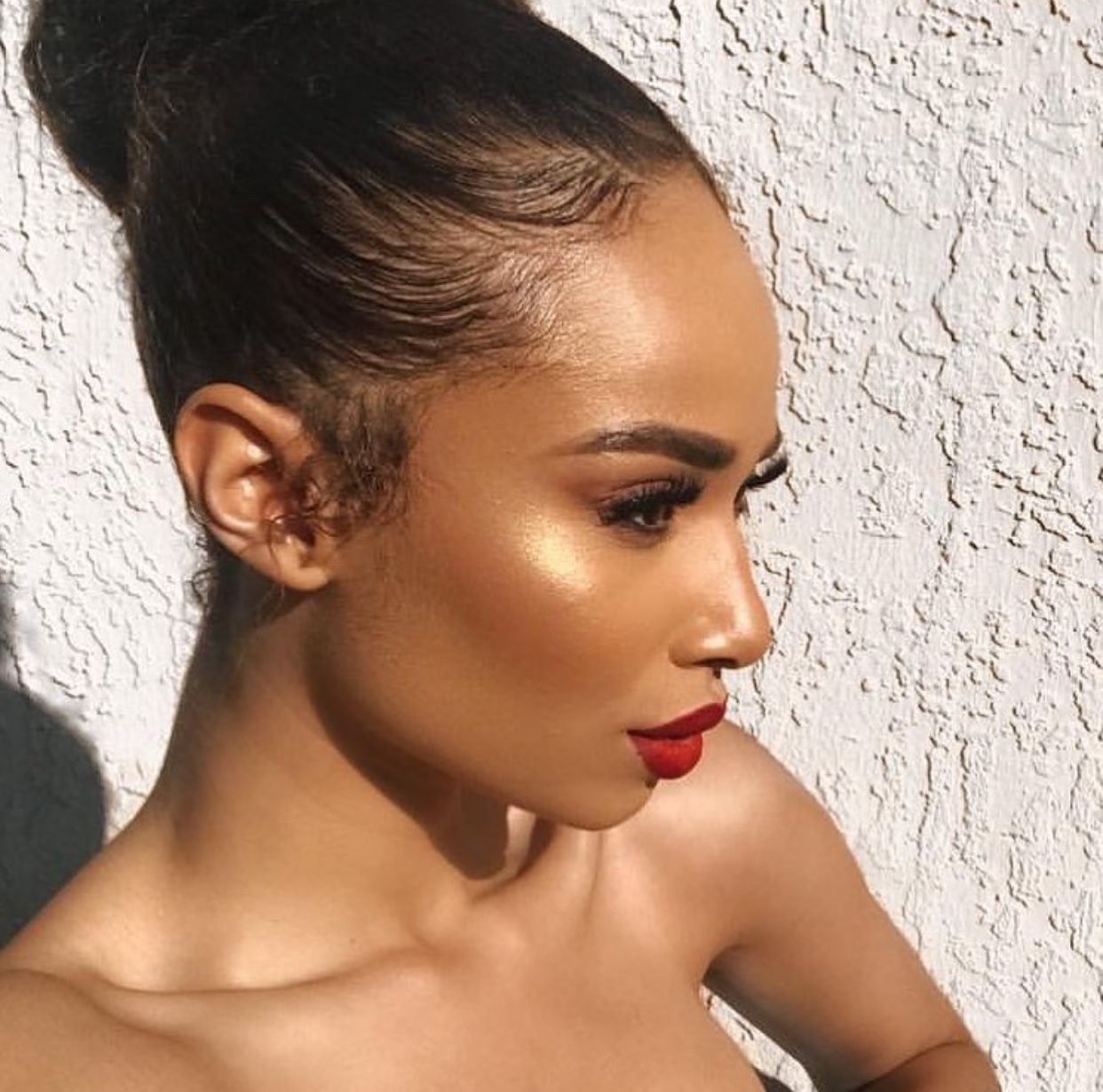 Glowy Foundation Look Red Bold Lip Color Flawless