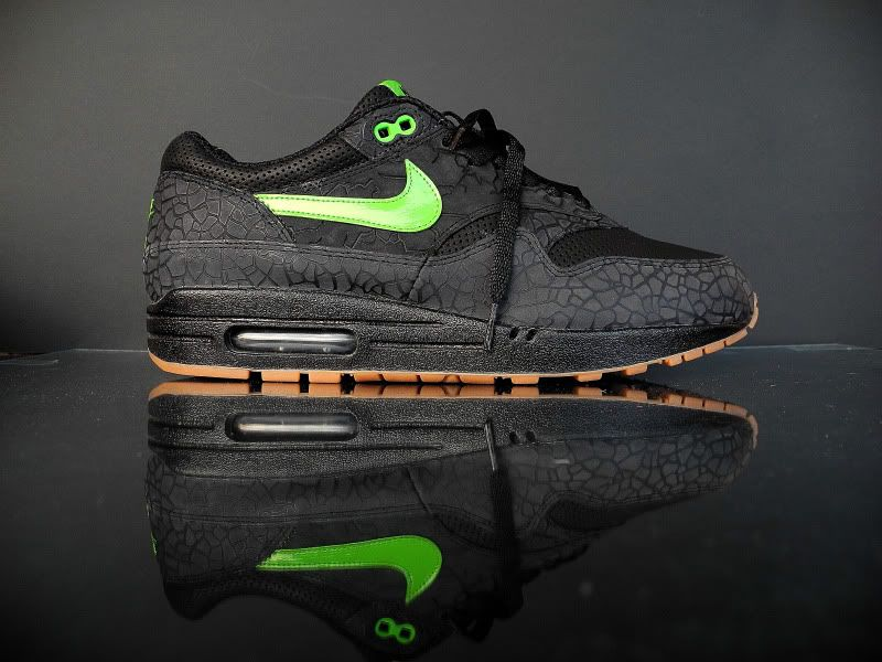 best loved e5746 2bf24 HUF x Nike Air Max 1