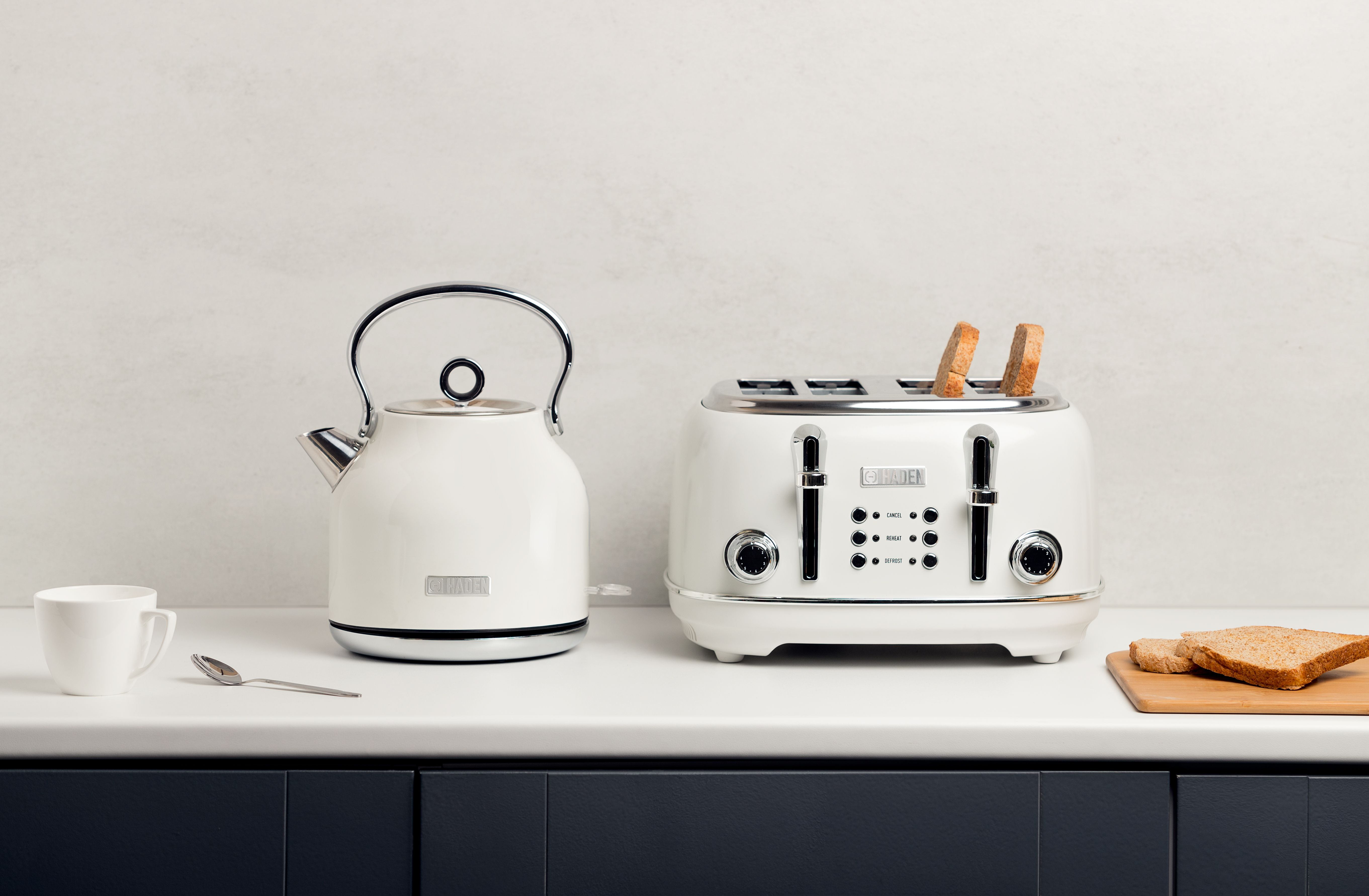 Heritage White 4 Slice Toaster in 2020 Kettle, toaster