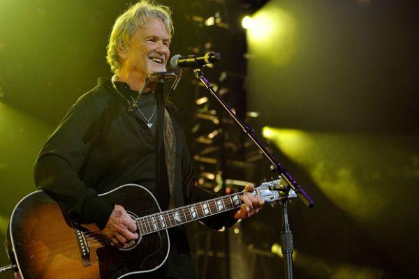 Kris Kristofferson, in uscita un doppio disco dal vivo - Suoni e strumenti