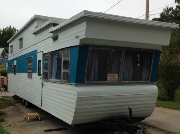 1954 two story vintage travel trailer for sale ventoura for Rv with loft