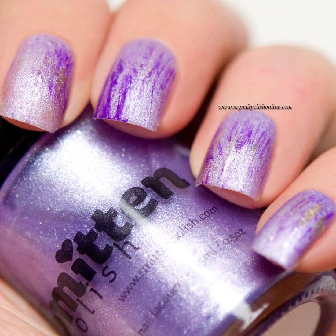 31DC2015 - Day 6 Violet nails - http://www.mynailpolishonline.com/2015/09/nail-art-2/31dc2015-day-6-violet-nails/