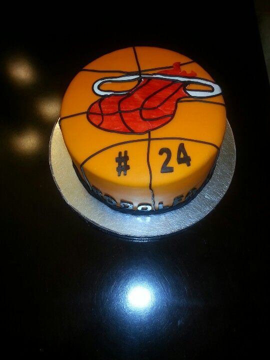 Miami Heat Birthday Cake I Made He Was Turning 24 Years Old My
