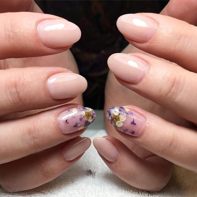 Dried flower nails | nails | Pinterest | Flower nails, Flower and ...