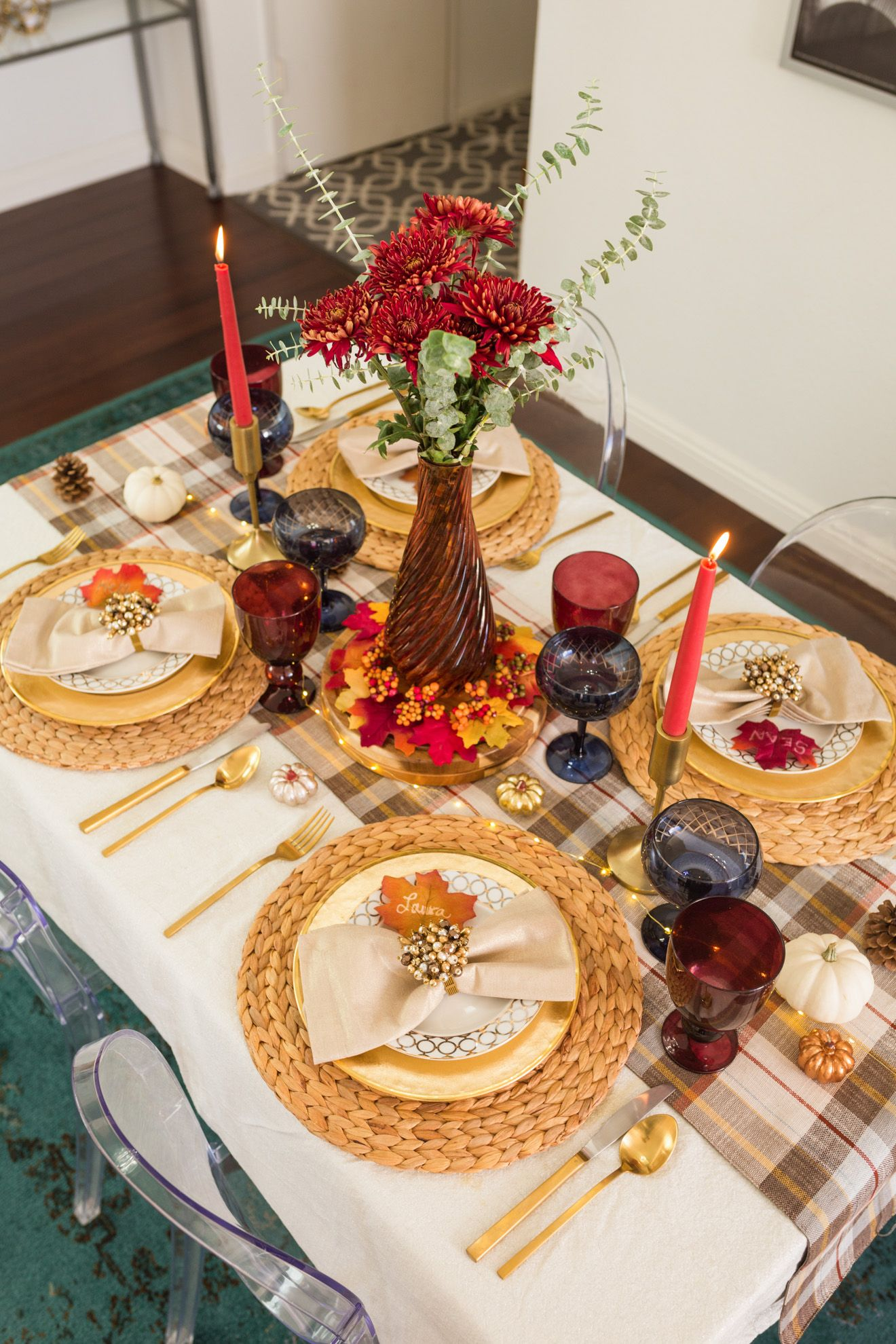 5 Easy Thanksgiving Table Setting Ideas Holidays Laura Lily Thanksgiving Table Settings Elegant Thanksgiving Table Settings Thanksgiving Table Settings Simple