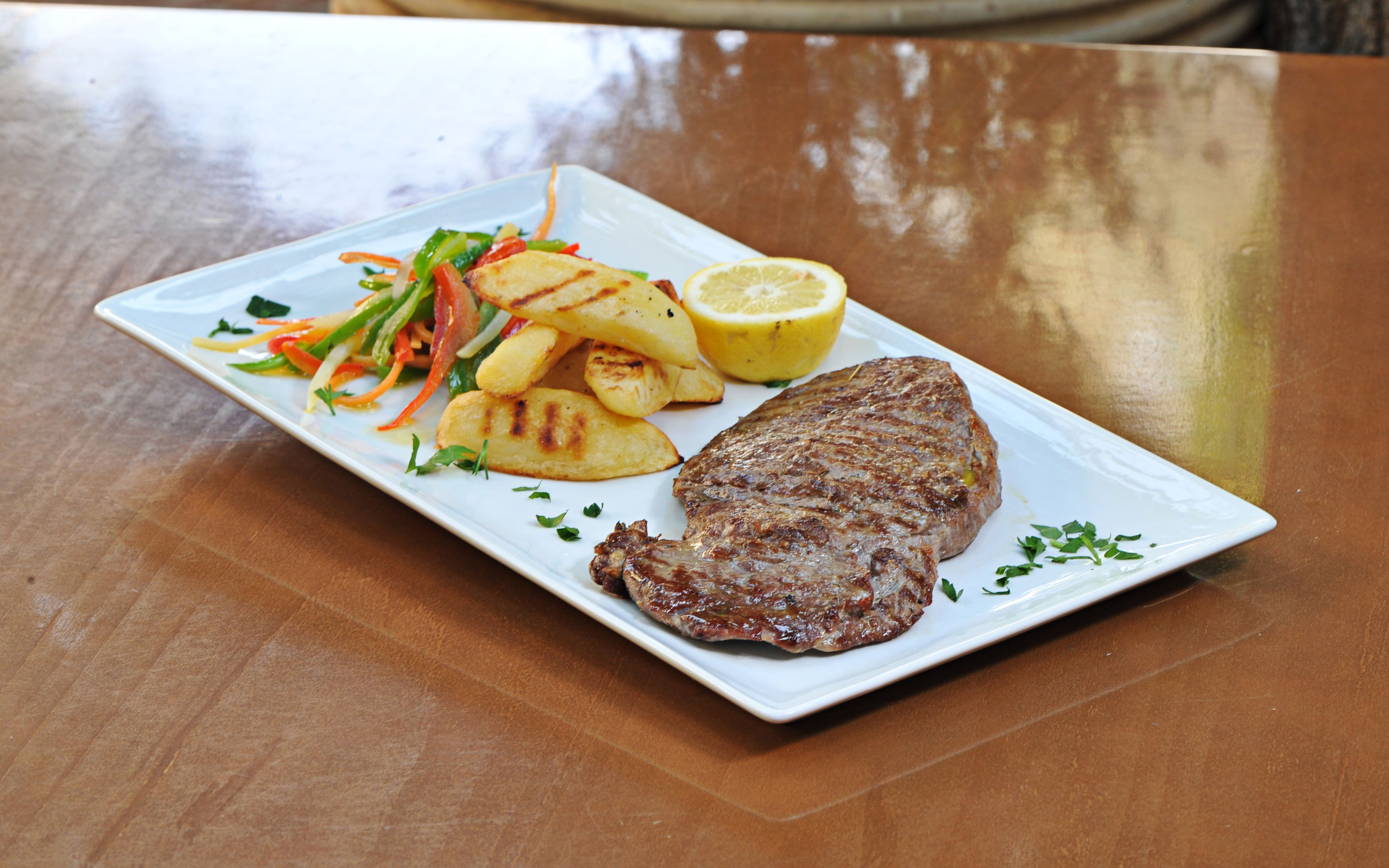 rib-eye steak marinated in #olive oil with grilled #potatoes, vegetables and sour milk foam #alanamenu