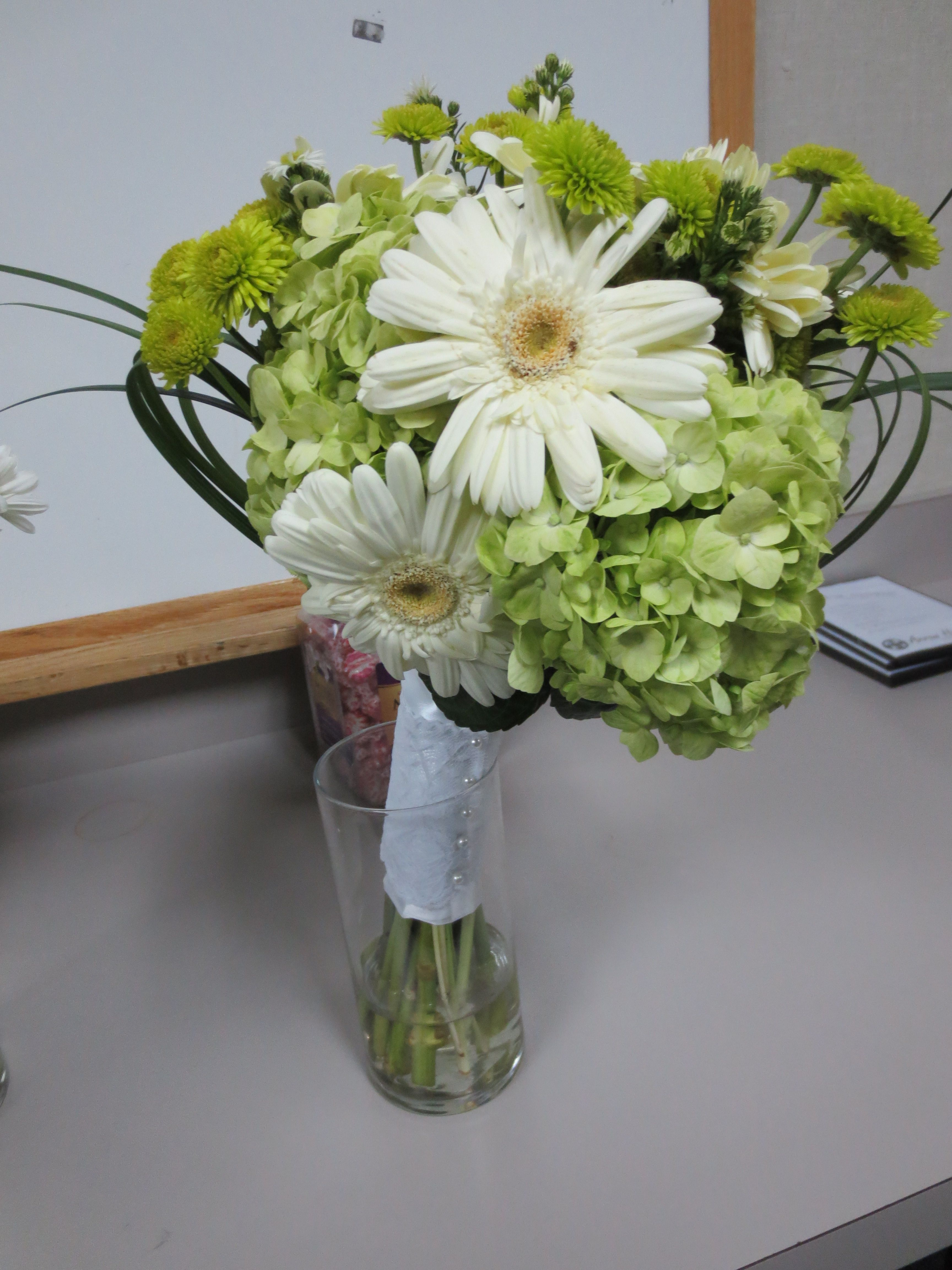 Green And White Celtic Wedding Fall Wedding Flowers Sep Oct