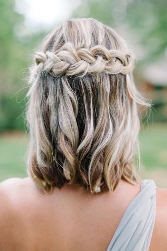 18 Medium Length Hairstyles For Thick Hair Short Hair Styles Hair Styles Short Wedding Hair