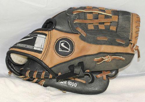 Kids Nike Keystone Diamond Ready T Ball Glove Size 10 Baseball