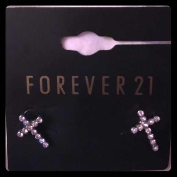 Forever 21 crystal cross earrings These earrings are brand new and never been used.these cross earrings are sparkly and very dainty,simple,and cute..they're a bargain as well!! Forever 21 Jewelry Earrings