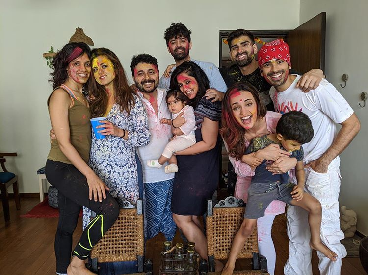 Sanaya On Instagram And We Celebrated Holi Happily Ever After Thank You Hegdeg For Being Such A Great Host Mohit Sehgal Bollywood News Arnav And Khushi