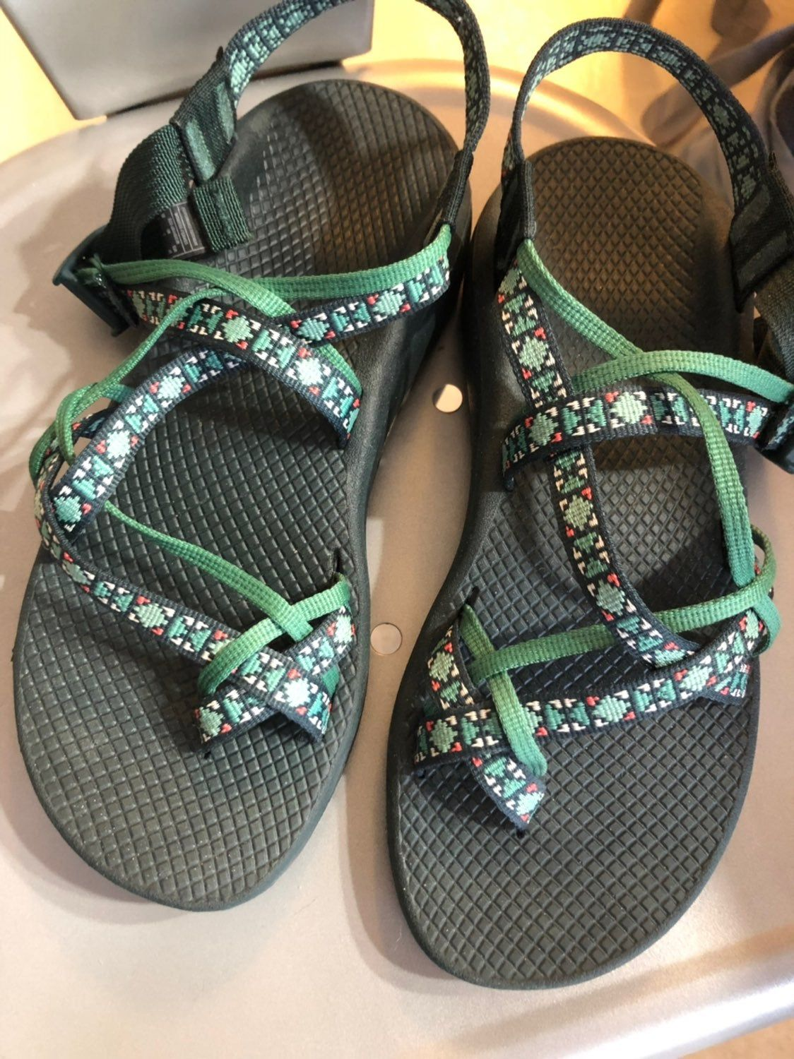 Women S Chacos Size 9 Color Creed Pine Worn Only A Few Times Like New Womens Chacos Chacos Womens Flip Flop