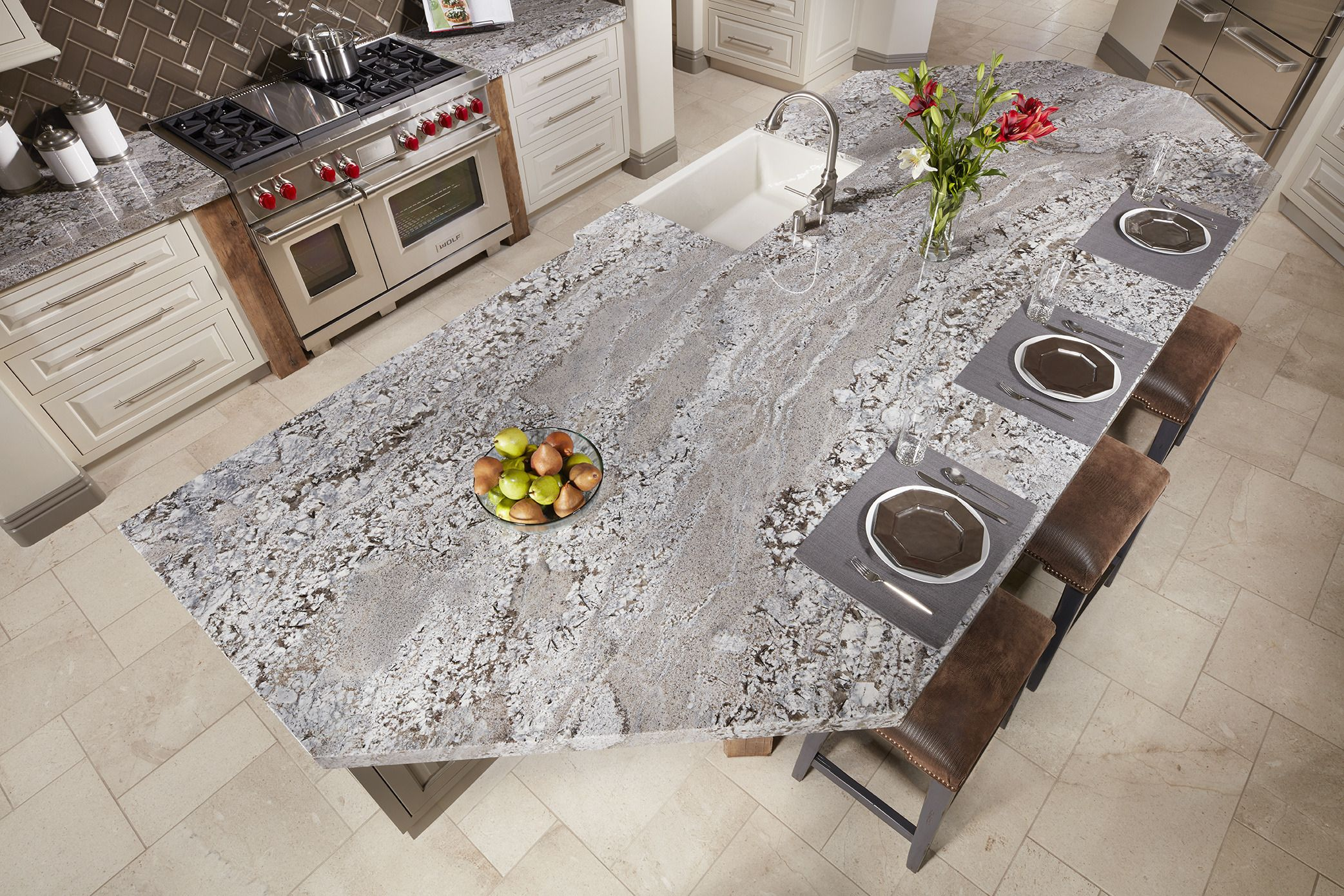 Keep Your Design Light But Warm With Silver Lennon Granite Https