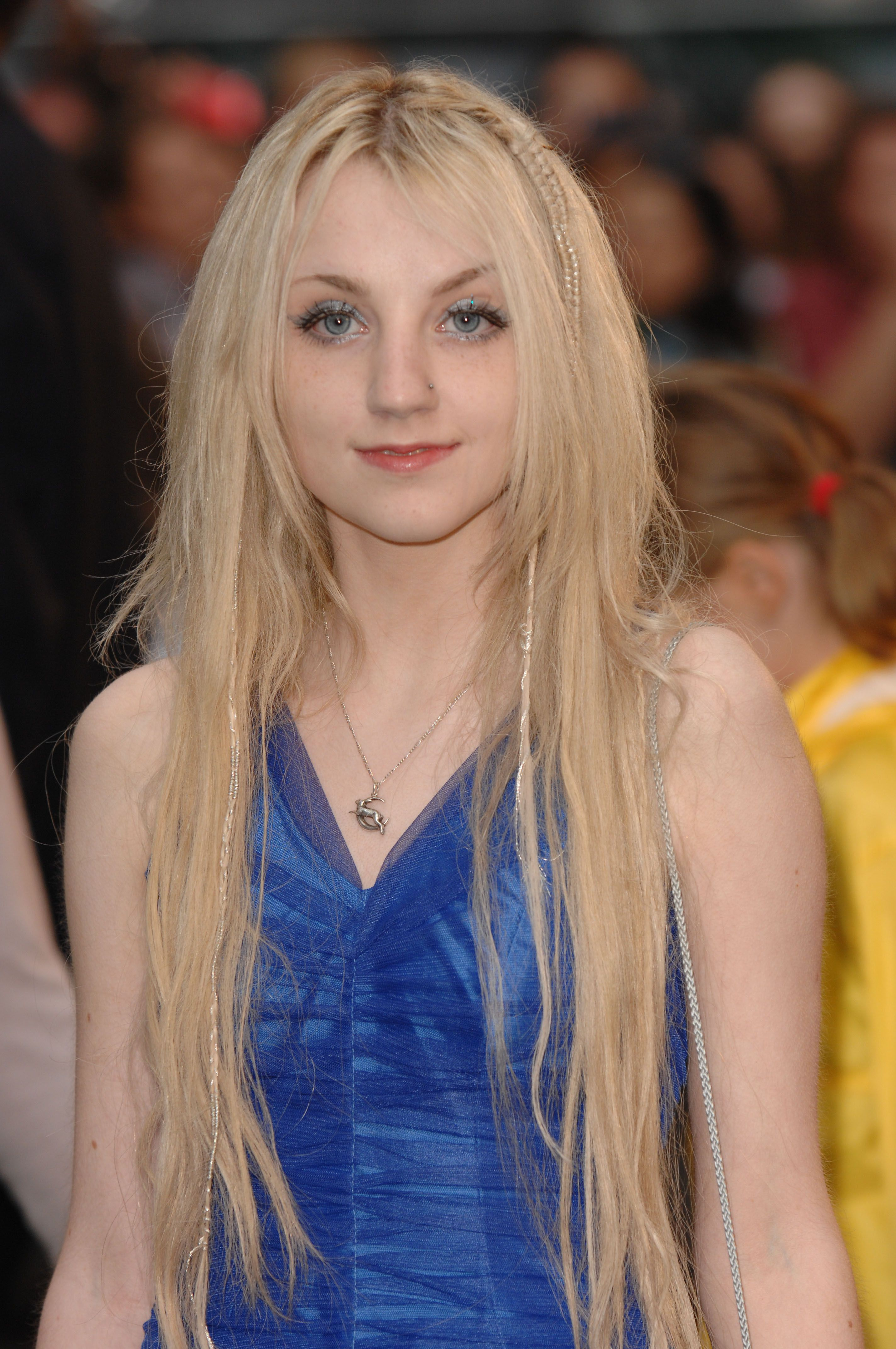Evanna Lynch (Luna Lovegood)  Beat back anorexia to audition and got the role!