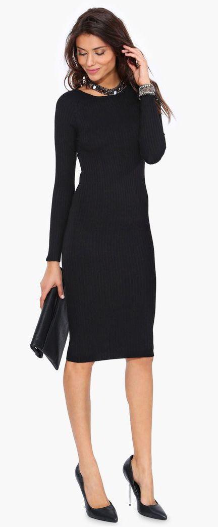 b347ab49c3e3 čierne pletené šaty - dajú sa výborne kombinovať s doplnkami rôznych farieb
