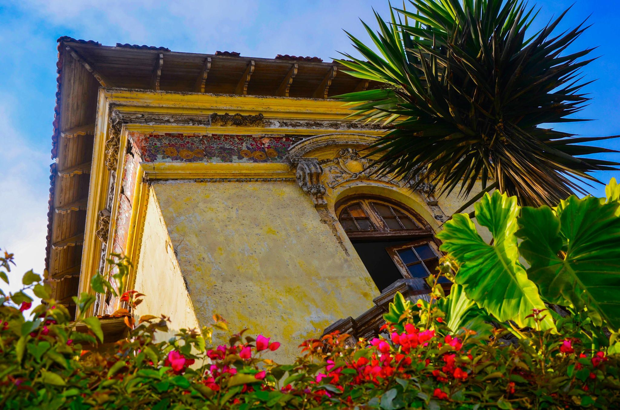 Old House Garden - An old house in Barranco Lima. | PERU | Pinterest ...