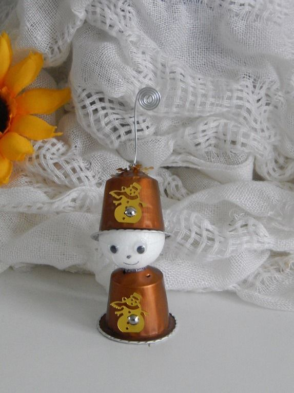 Favori NOEL : Petit bonhomme Porte nom marron caramel en capsules  MZ28