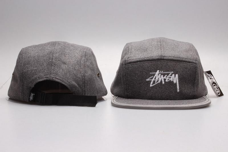 Men s   Women s Stussy Big Basic Stock Logo Signature Logo 5 Panel  Strapback Hat - Grey 19247f107