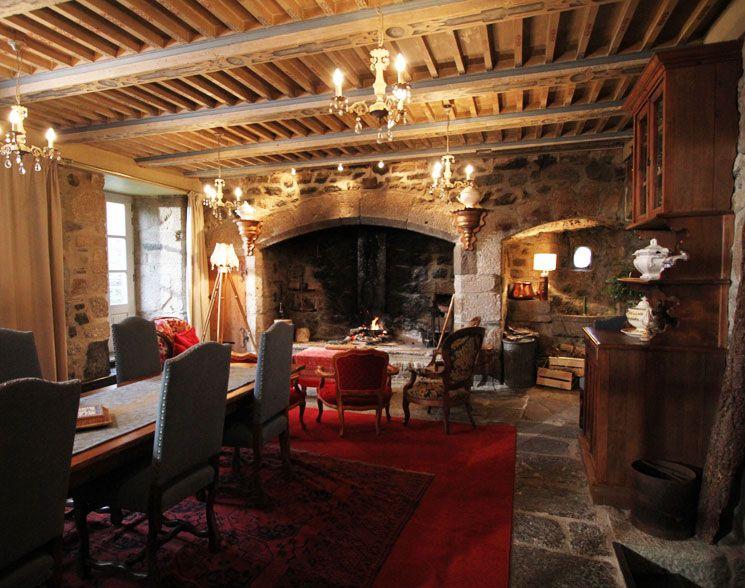 d co salon medieval. Black Bedroom Furniture Sets. Home Design Ideas