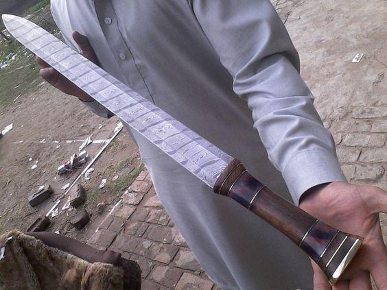 SSM!411 Custom Hand Made Damascus Steel Hunting Sword