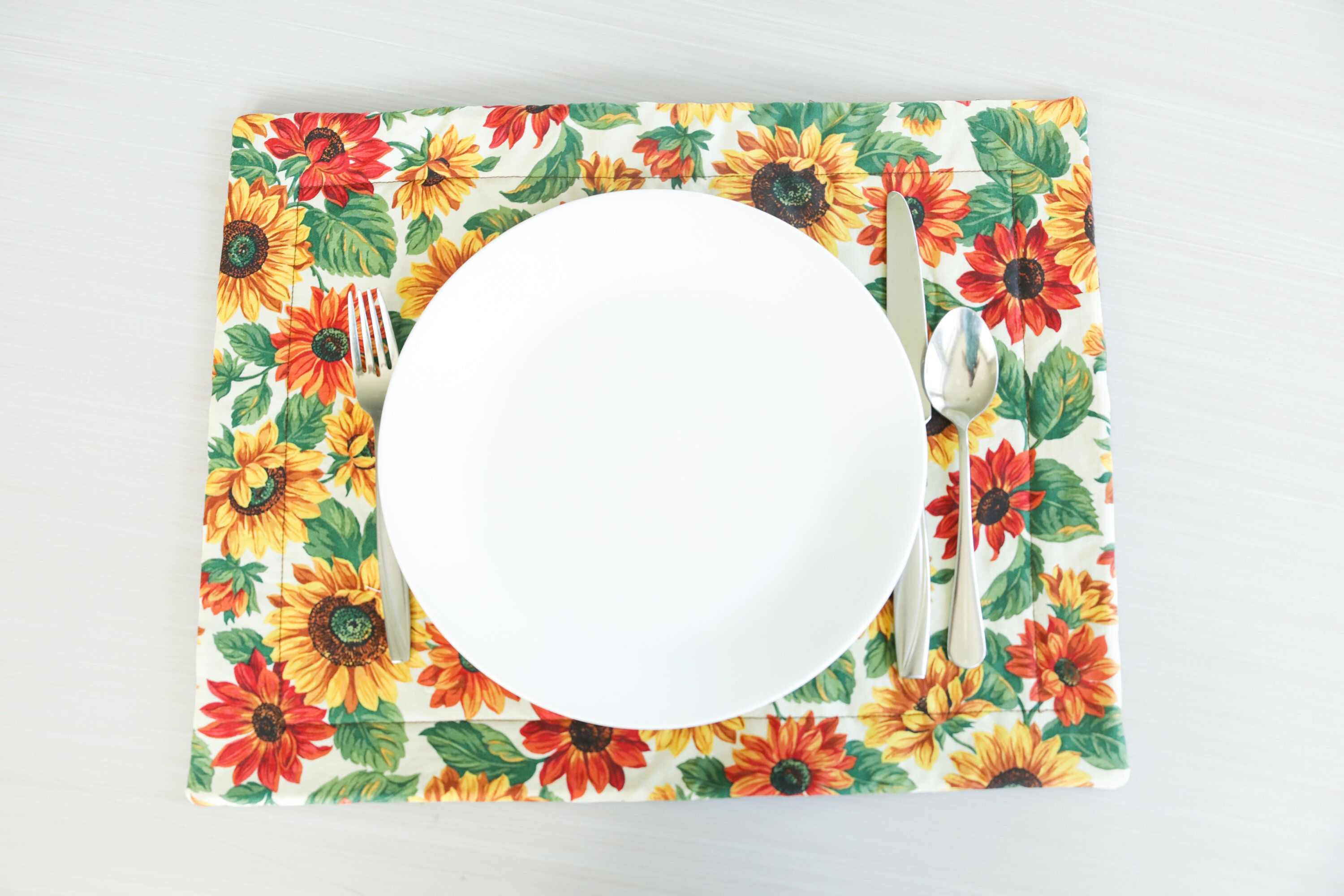 Fall Sunflowers Quilted Placemat Sunflowers Fall Placemat Etsy Sunflower Quilts Fabric Placemats Placemats