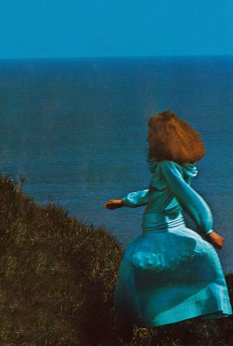 Carrie Nygren and Kathy Quirk by Guy Bourdin Vogue UK 1975 | Architect's Fashion