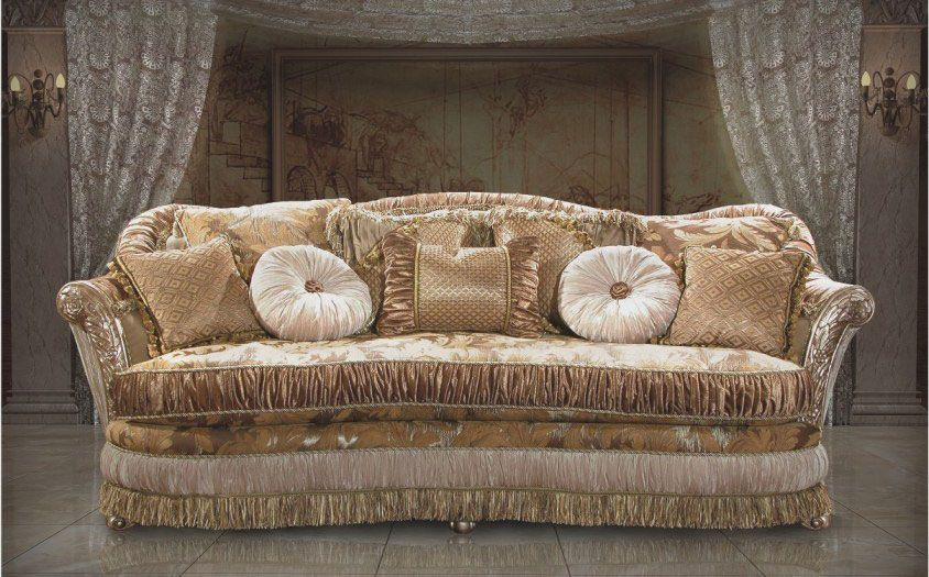 Classic Couches And Sofas Classic Living Room Furniture Design Top And Best Classic Furniture Living Room Furniture Design Living Room Classic Sofa Designs