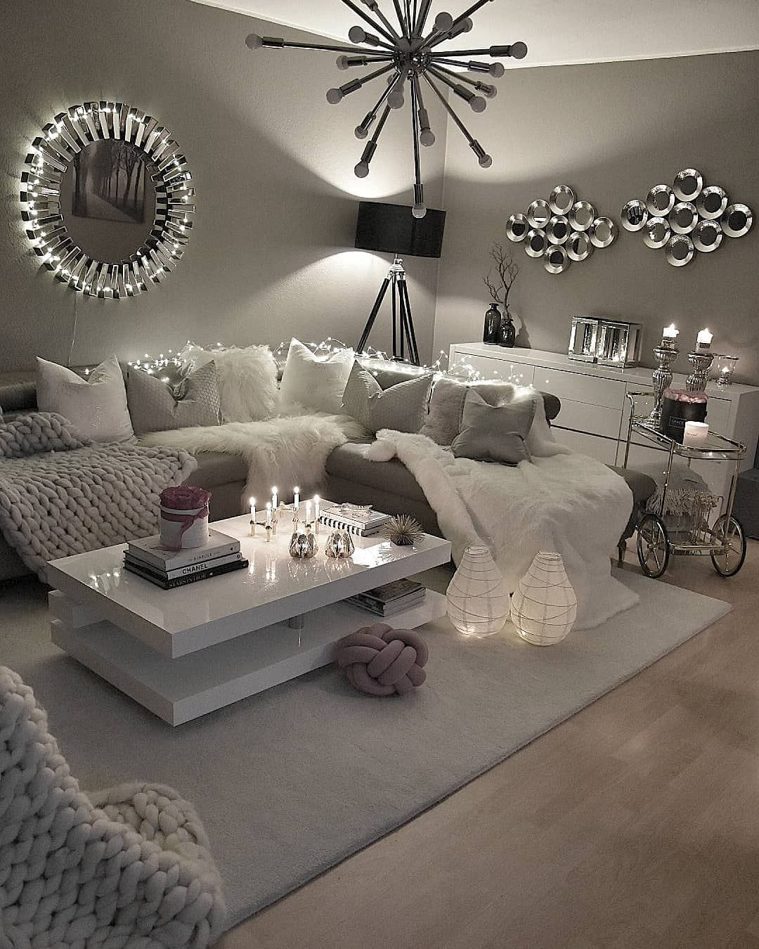 7 Apartment Decorating And Small Living Room Ideas: Pin Do(a) Mquezada11 Em Apartment De 2019