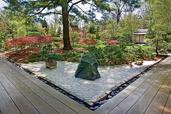 I wish I had two acres of landscaping in my property to pull a full blown Japanese garden much like the one stated in this article. Talk about envy!