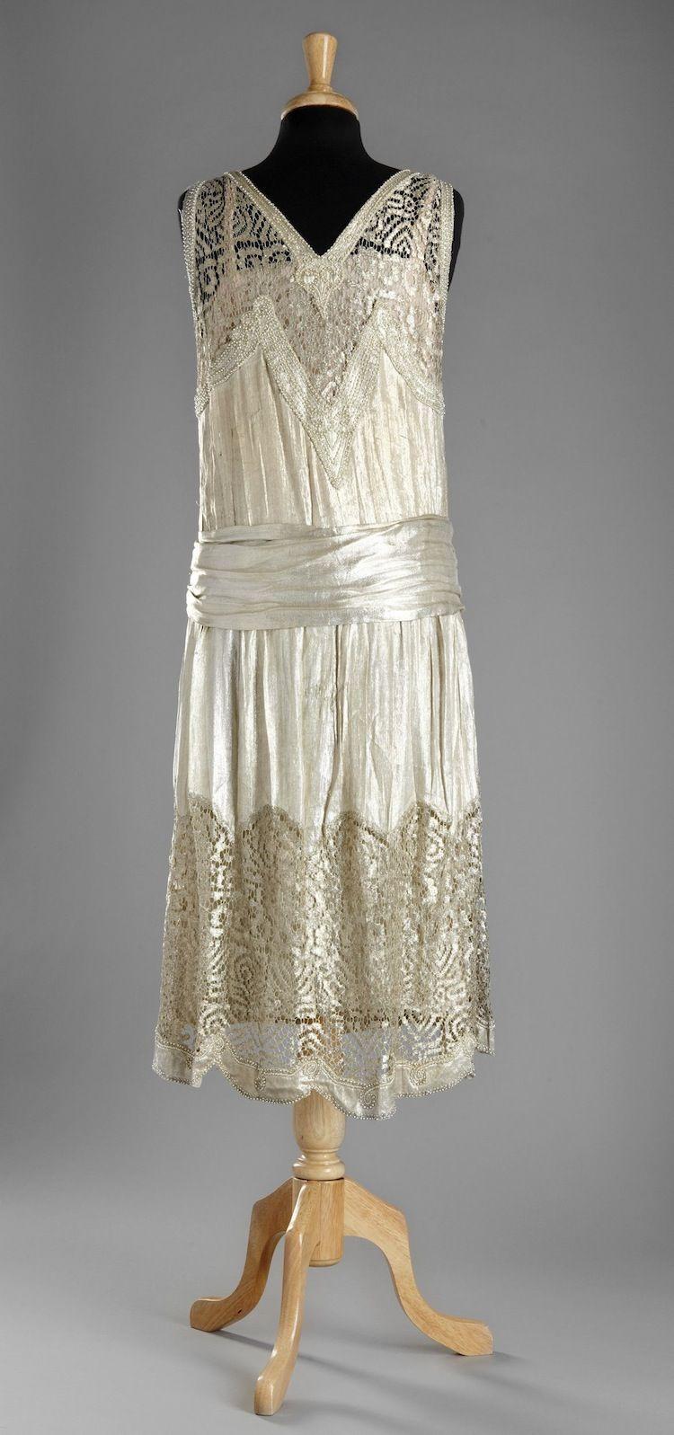 Evening dress, 1920s. From Stockholms Auktionsverk. | Vintage ...