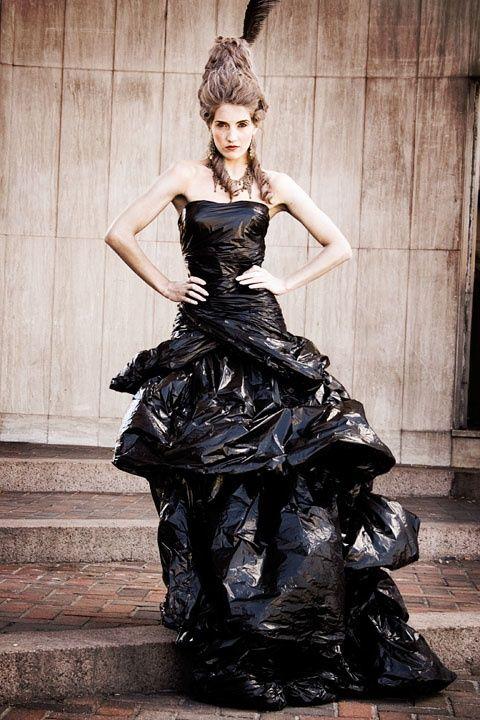 Garbage bag dresses google search defil pinterest carnaval deguisement maquillage - Deguisement sac poubelle ...