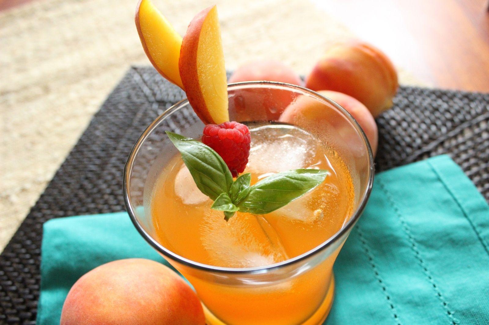 Peach Nectarine Fizz - ELLEDecor.com