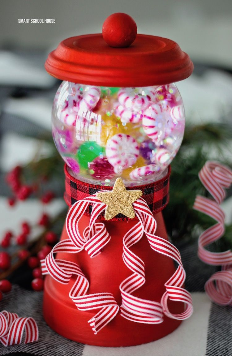 Snow Globe Gum Ball Machine With Images Christmas Candy Jars