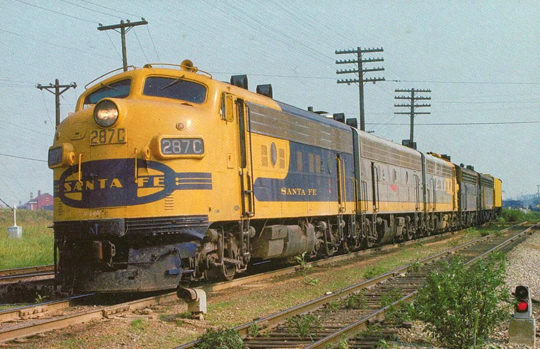 Atsf 287c Emd F9 In A Yellow On Blue Bonnet Variation Ft Worth Tx In 1973 Railcards Com Photo Diesel Locomotive Train Train Pictures