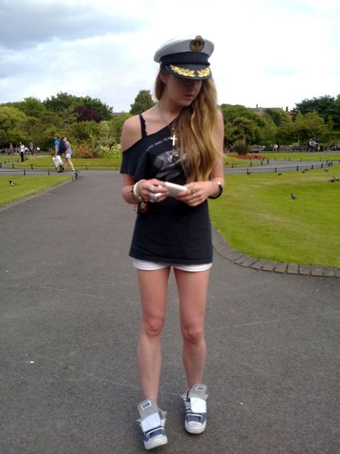 Sailor Hat, St. Stephen's Green, Hip Flask, Hot Pants, Converse, Jewellery, Joy Division T.Shirt, Blog Style, Whisty,
