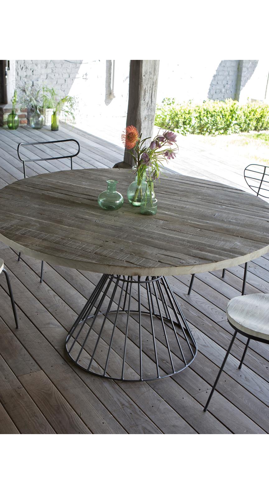 Lina Dining Table in 2019   succulents   Mobilier de Salon, Table de ...