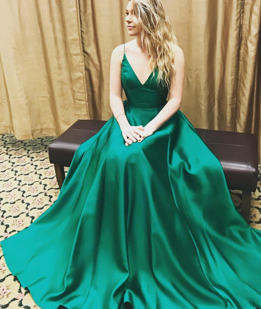 cdfcf22b9f1 V-Neck Dark Green Charming prom dress