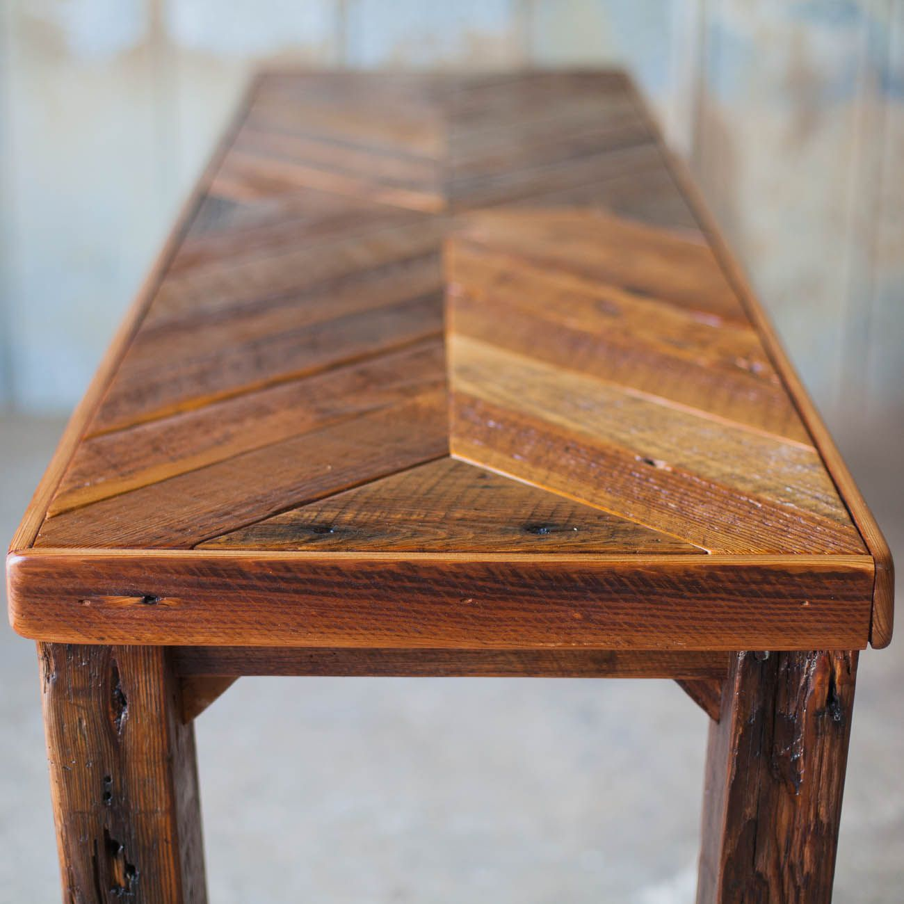 Reclaimed Wood Sofa Table   Two Choices Youu0027re Planning To Have To Make  About Which Particular Settee You Wind Up Purchasing