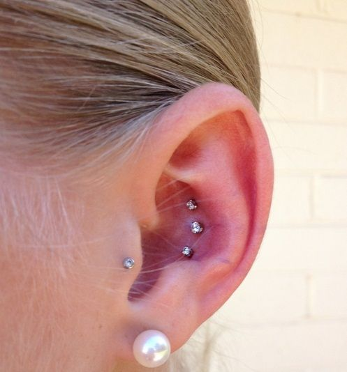 21 inner outer conch piercing inspirational examples outer conch piercing conch and triple. Black Bedroom Furniture Sets. Home Design Ideas