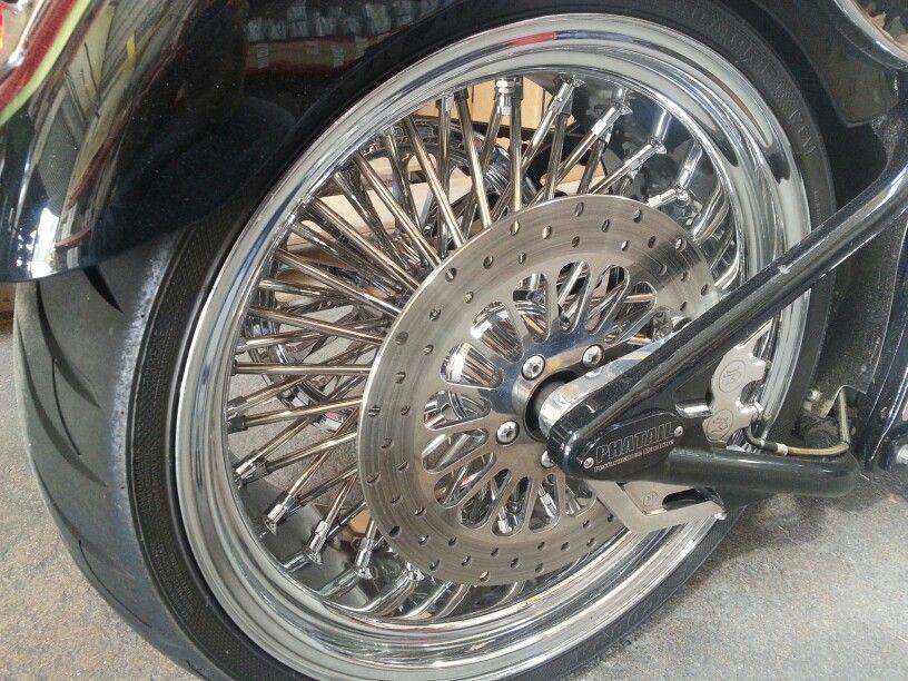81/2 X 18R DNA Mammoth Spoke Rear Wheel on my 02 Fatboy