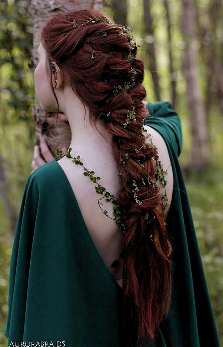 Elvish Braided Hairstyle Absolutely Beautiful In 2020 Wikinger Frisuren Mittelalterliche Frisuren Haar Styling