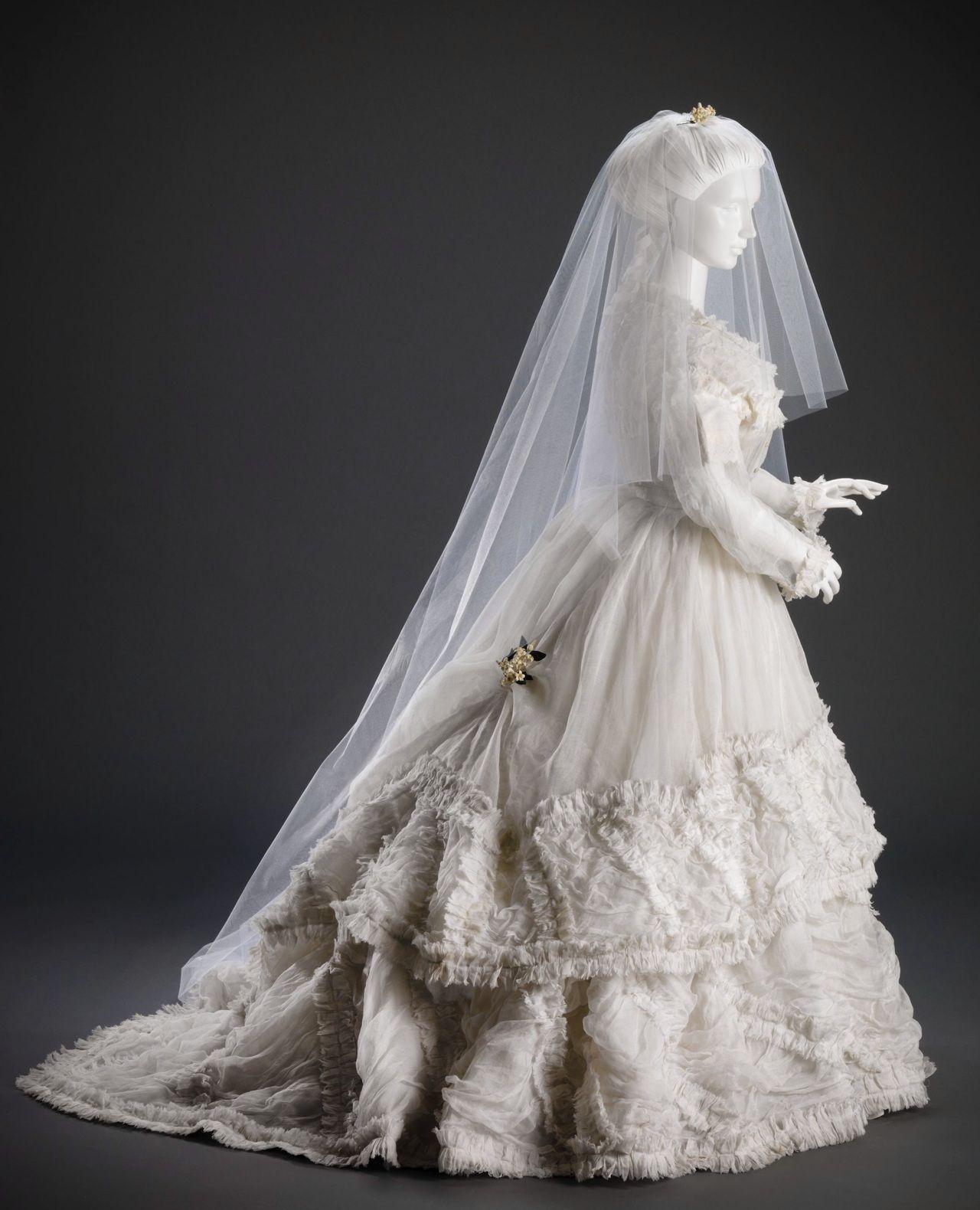 1870s Wedding Gown Courtesy Of The Cincinnati Art Museum Victorian Wedding Dress Wedding Gowns Vintage Victorian Wedding [ 1580 x 1280 Pixel ]
